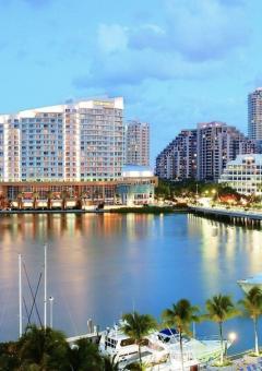Miami Beach, FL, USA